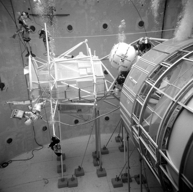 Skylab UW 2