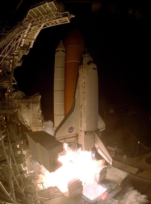 STS-116 launch KSC-06pp2768_medium